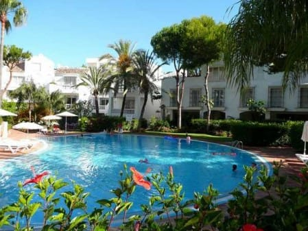 Townhouse for sale in Elviria, Marbella