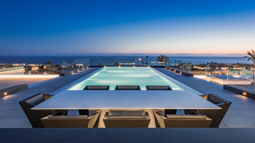 Rooftop pool Villa Mozart