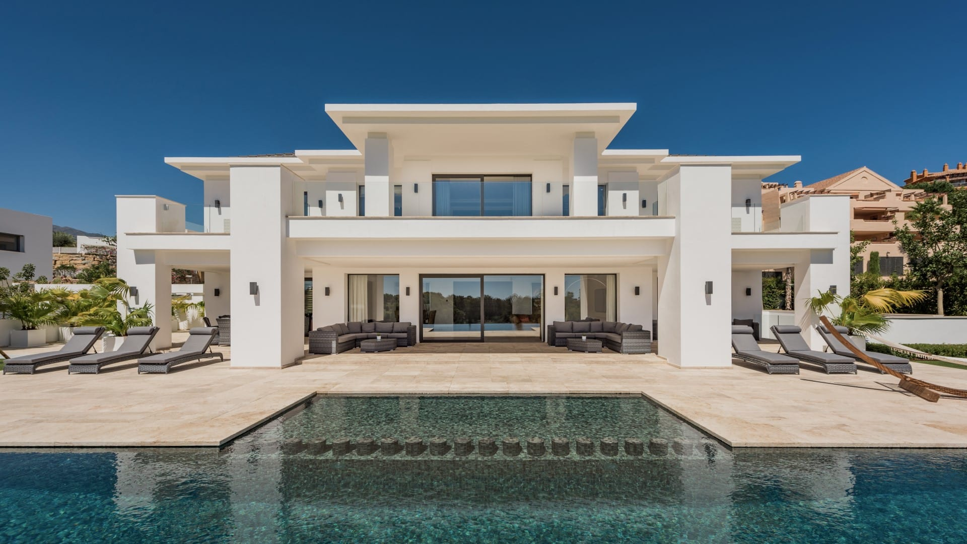 Villa Alquer 237 A New Build Contemporary Villa In Los