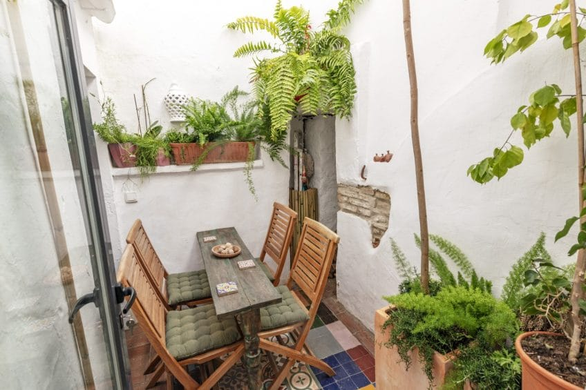 Mediterranean patio in Estepona townhouse