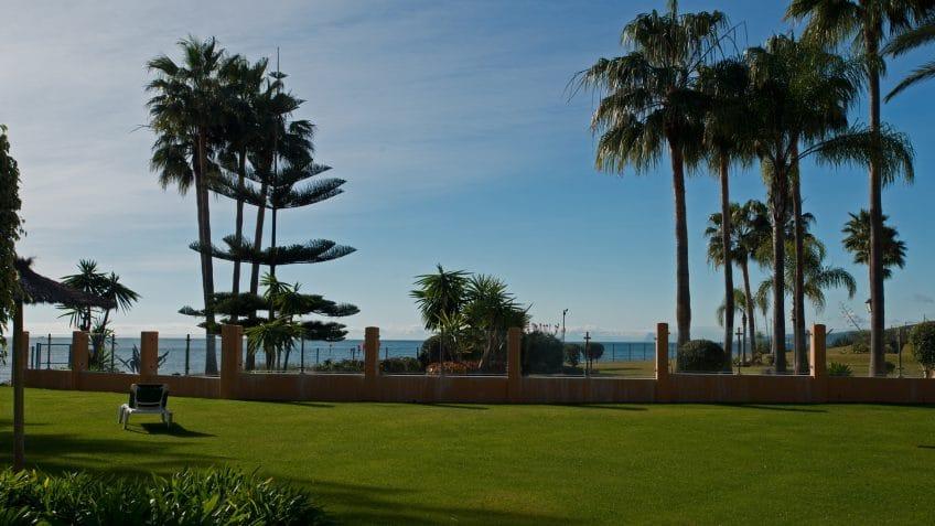 Riviera Andaluza, en primera línea de un playa idílica en Estepona