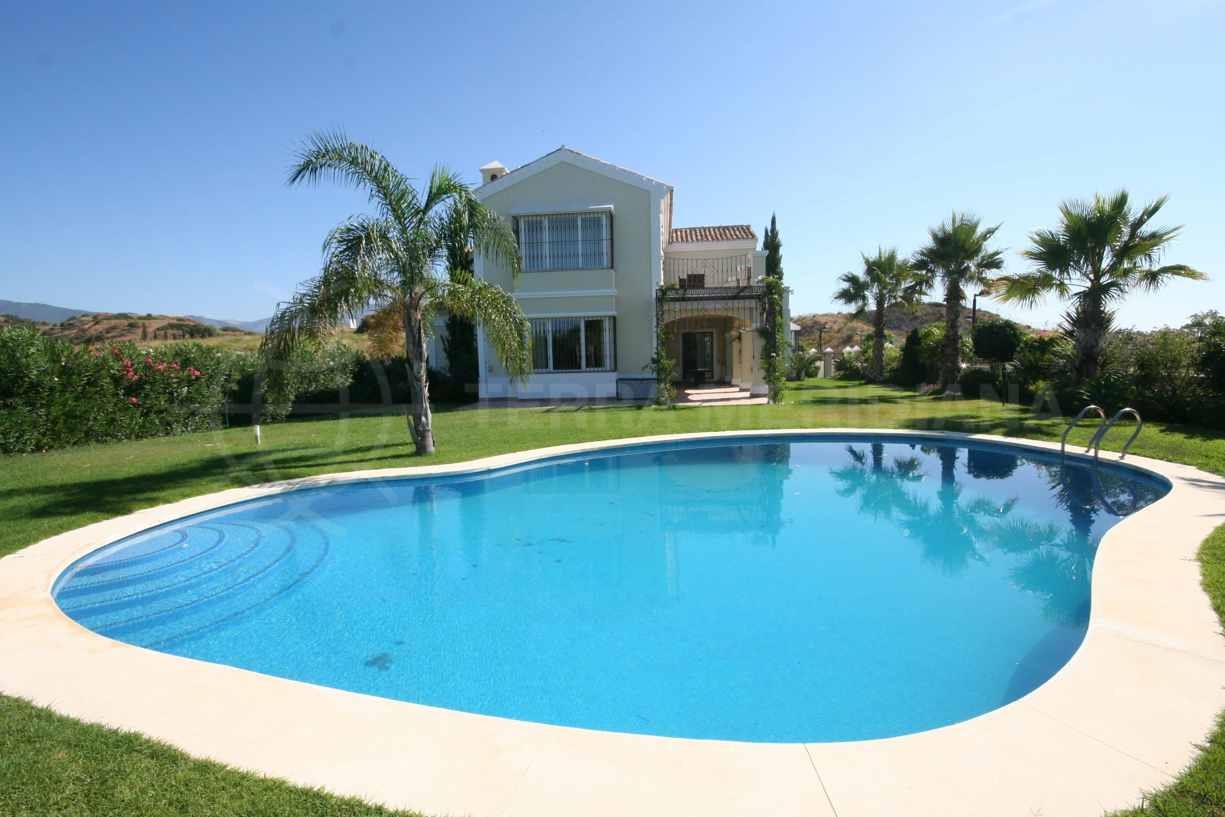 New Listing – New Modern Villa for sale with Panoramic sea views in Estepona