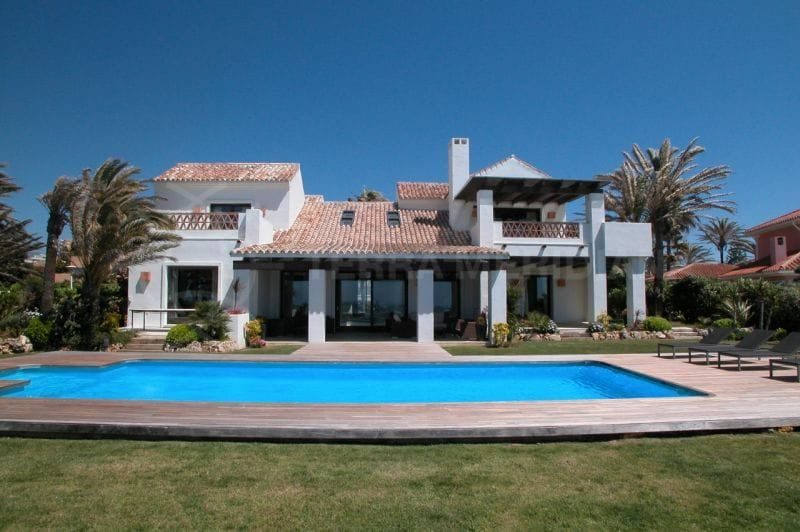 Residency for non-EU citizens investing half a million euros in Spanish property