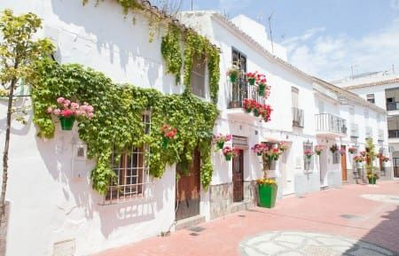 El casco histórico de Estepona atrae a nuevos visitantes