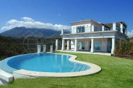 Chinese and Russian property buyers flock to Spain