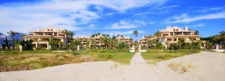 Property in Los Monteros: a fantastic investment in a new luxury resort situated in East Marbella
