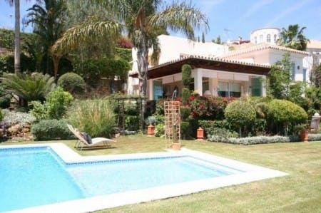 What makes La Alqueria (Benahavis) a special place to live – luxury villa owner Chris explains