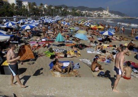 España recibe un número récord de turistas en 2014