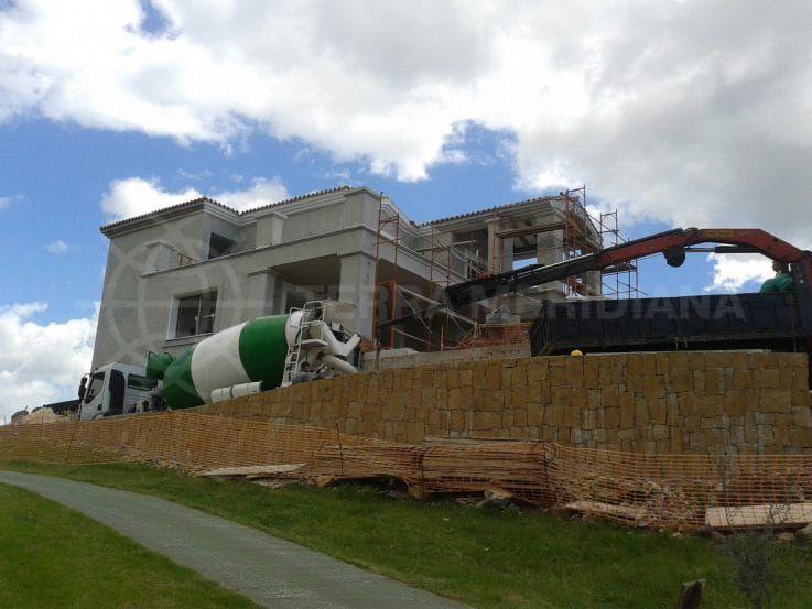 Villa Tranquilla: finishing the exterior