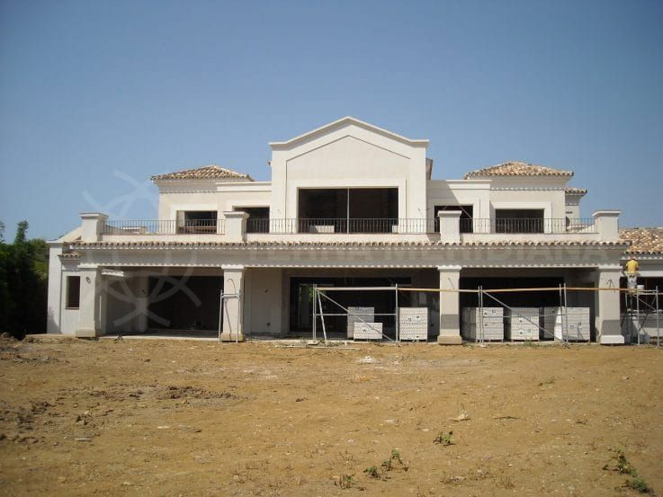 Villa Oasis: finishing the exterior