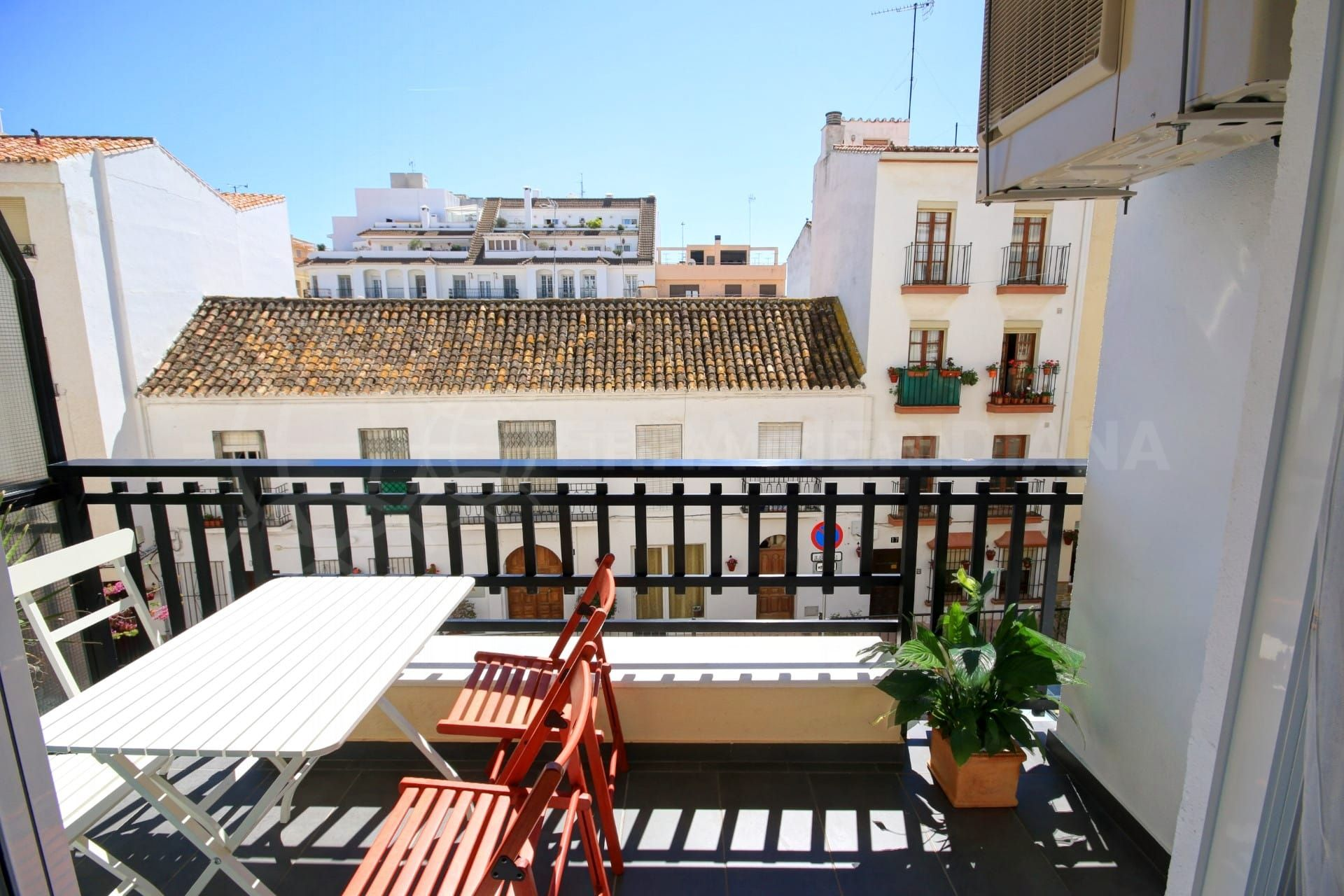 The charm of Estepona old town properties