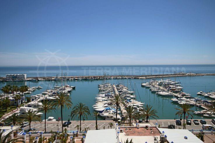 Marina et le port de pêche d'Estepona