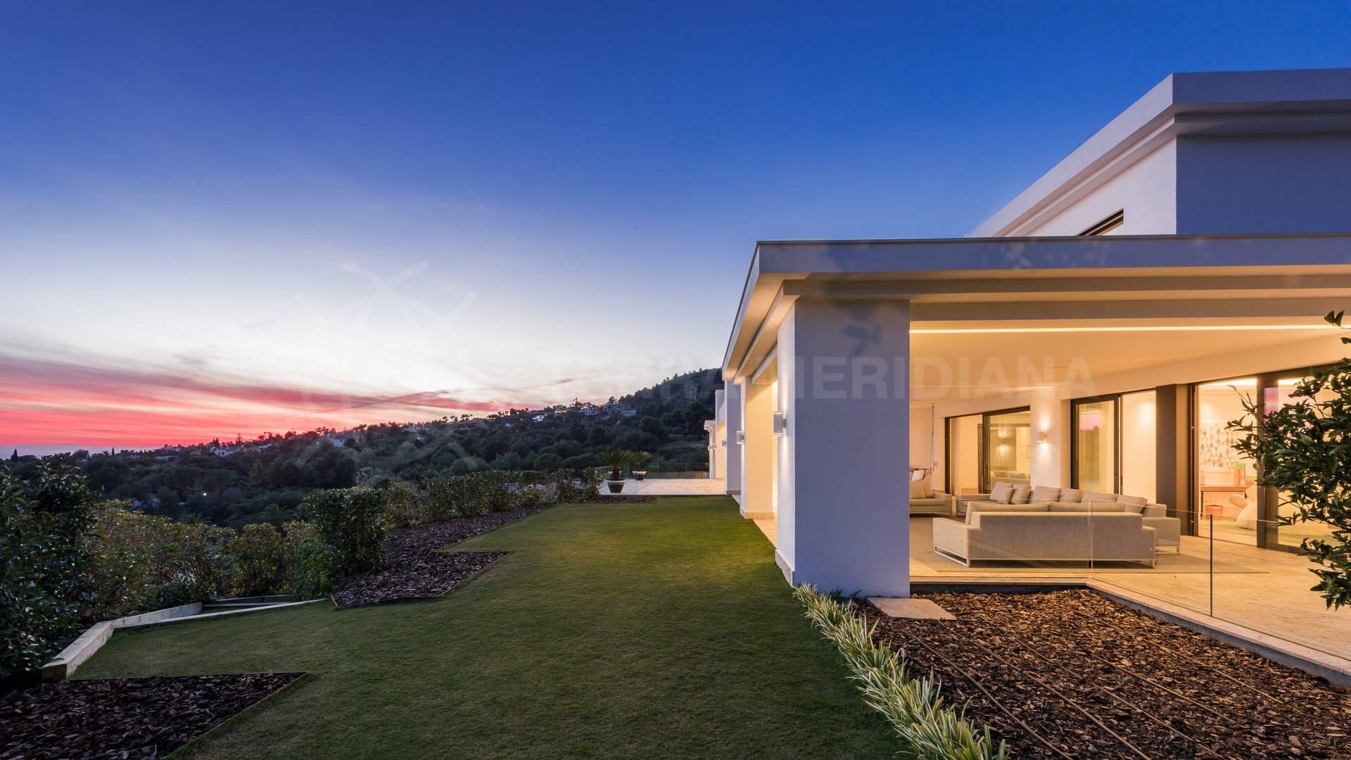 Superb imagery sells luxury villas in Marbella