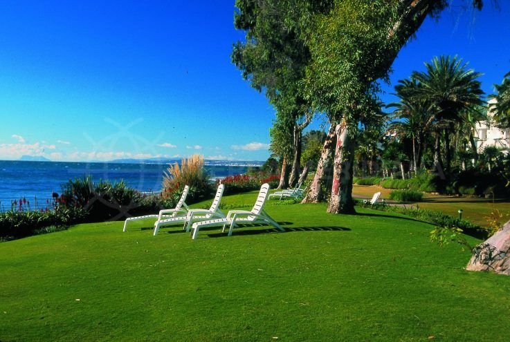 Top frontline beach developments in Estepona – Alcazaba Beach