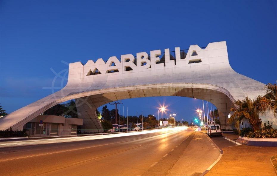 Marbella-entrance buying property