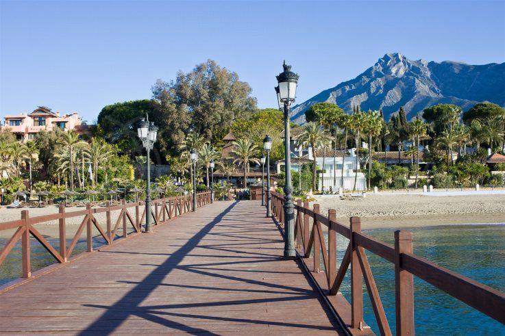 La Milla de oro Marbella, hotel Puente Romano