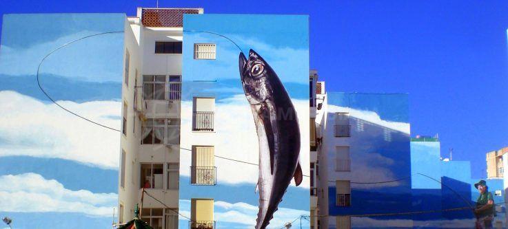Se promener dans le joli parcours des peintures murales d'Estepona