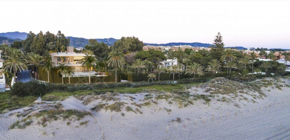 Best of three: large plots for sale in Marbella to build the home of your dreams