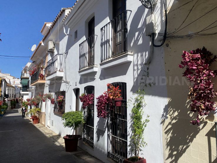 Estepona Old Town – Private House – New Build